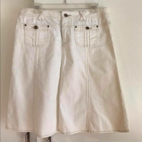 1317191af4 Banana Republic Skirts | White Denim Skirt | Poshmark